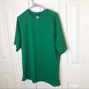 Nike Men's Sphere Dry Green Shirt Size Large